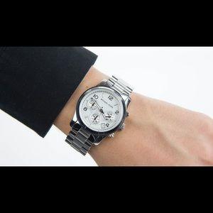 🌿 Michael Kors MK5076 silver color watch